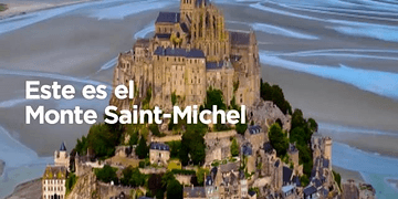 El mágico monte de Saint Michel en Francia, una pequeña ciudad de aspecto medieval.