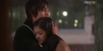 Playful Kiss ~Beso bajo la lluvia Ha Ni y Seung Jo~