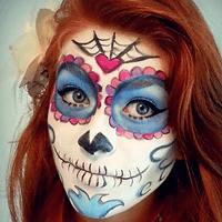 ¿No sabes como maquillarte de calaverita este Día de Muertos?, aquí te dejamos estas fabulosas ideas que pueden utilizarlas tanto mujeres como hombres, niños y niñas.