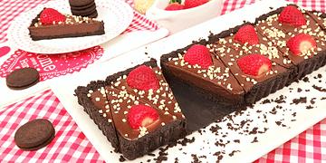 Tarta de Oreo con Fresas y Chocolate sin Horno!