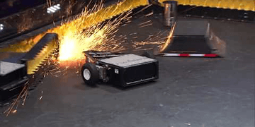 Tombstone vs Black Ice: BattleBots Season 2 Qualifying Round
