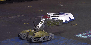 Cobalt vs Bombshell: BattleBots Season 2 Round of 32