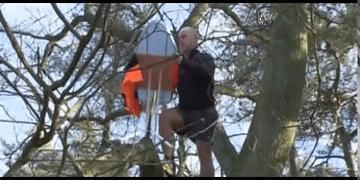 El planchado extremo, un deporte muy extraño